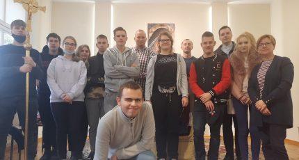 Uczniowie z Bydgoszczy na wycieczce w kościele